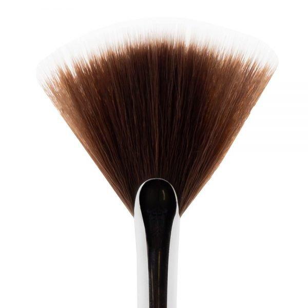 Waaier kwast Natuurlijke & Vegan make-up Bliss Cosmetics BEAUTY AND MORE ...